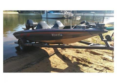 93 Nitro 17 ft Bass Boat